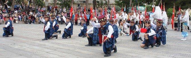 Alaşehir'de 23 Nisan Coşkuyla Kutlandı