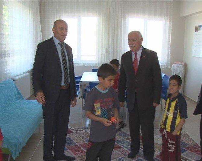 MHP İl Başkanı Erdem, 23 Nisan'da Malatya Sevgi Evlerindeki Çocukları Ziyaret Etti