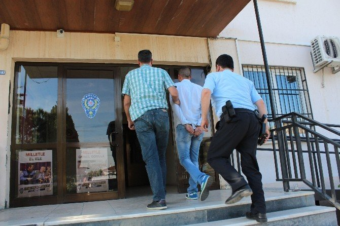 Dolandırıcılar Polisten Kaçamadı