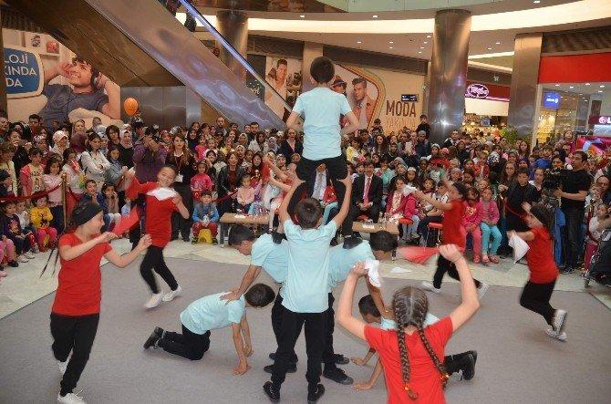 Çocukların Bayramı Park Afyon'da Kutlandı