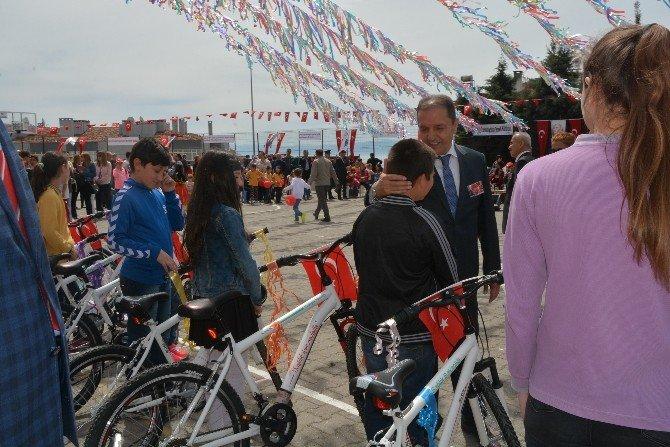 Sinop'ta 127 Adet Bisiklet Dağıtıldı