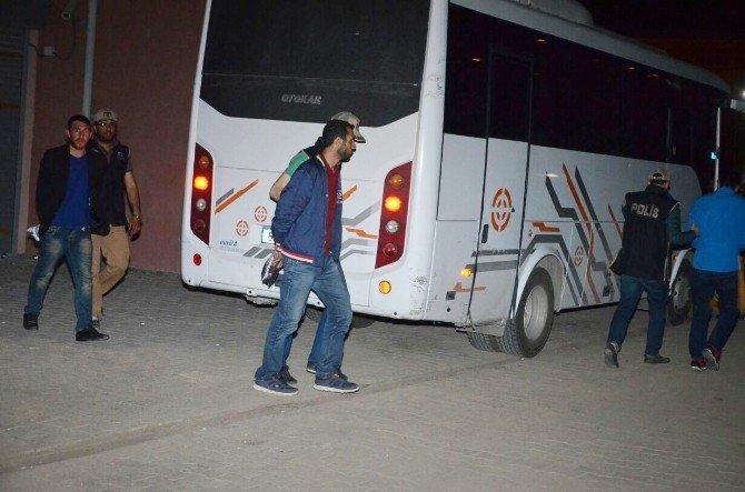 PKK Operasyonunda Gözaltına Alınan 15 Kişiden 7'si Tutuklandı