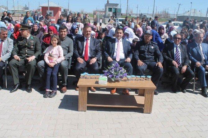 Saray'da 23 Nisan Ulusal Egemenlik Ve Çocuk Bayramı Kutlandı