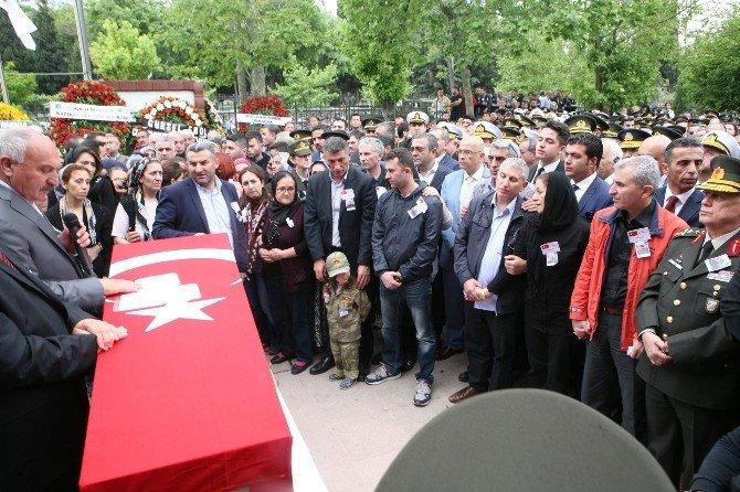 Tunceli Şehidi, Gözyaşlarıyla Son Yolculuğuna Uğurlandı