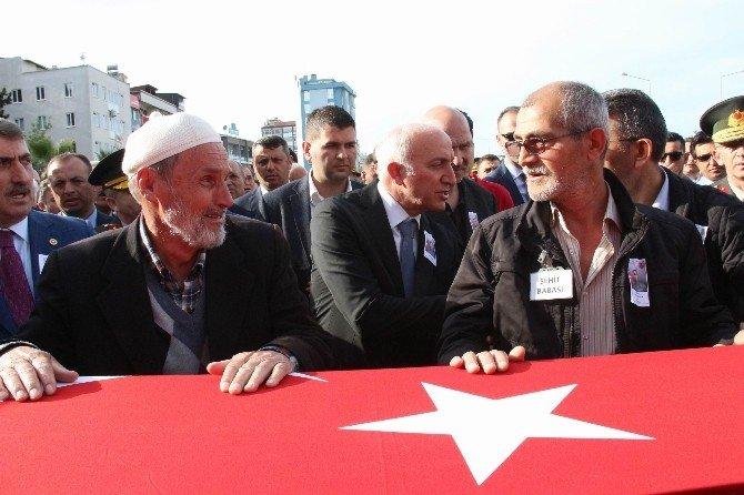 Şehit Özkan Özden Son Yolculuğuna Tekbirlerle Uğurlandı