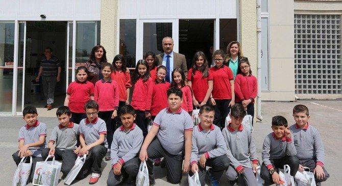 Minik Öğrenciler, Başkan Aydın'ı Ziyaret Etti