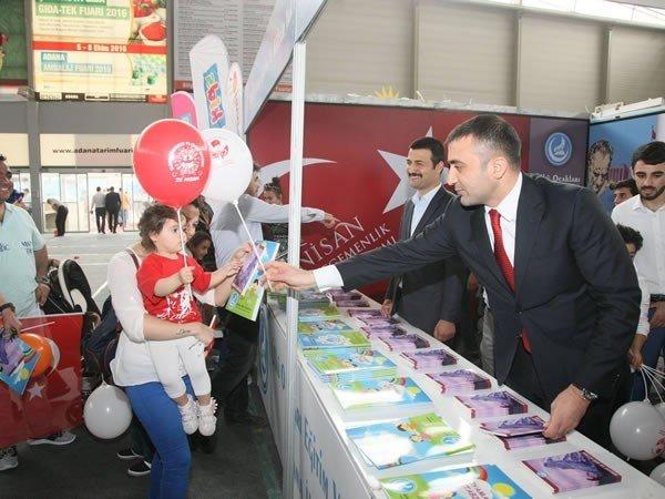 Adana Ülkü Ocakları Çocuklar İle 23 Nisan'ı Kutladı