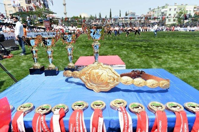 Antalya'da Pehlivanlar Er Meydanına Çıkıyor
