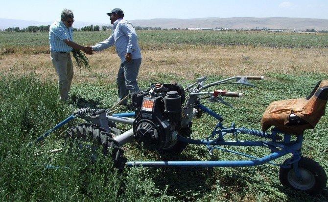 Erzurum Çiftçisine Avrupa'da Organik ET Ve Süt Eğitimi