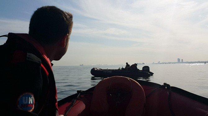 İstanbul Boğazında Mahsur Kalan Rusları Türk Arama Kurtarma Timi Kurtardı