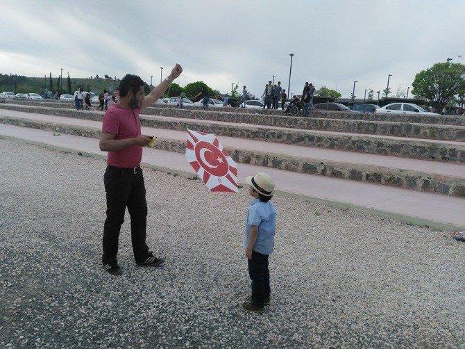 Gaziantep Ülkü Ocakları Uçurtma Şenliğinde Buluştu