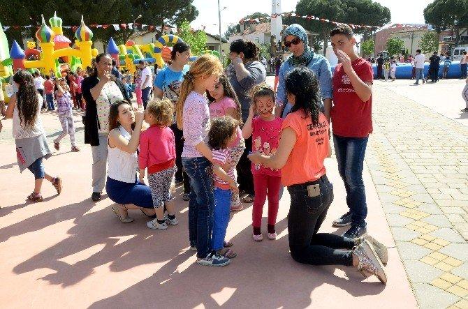 Başkan Akın, Çocukların Coşkusuna Ortak Oldu