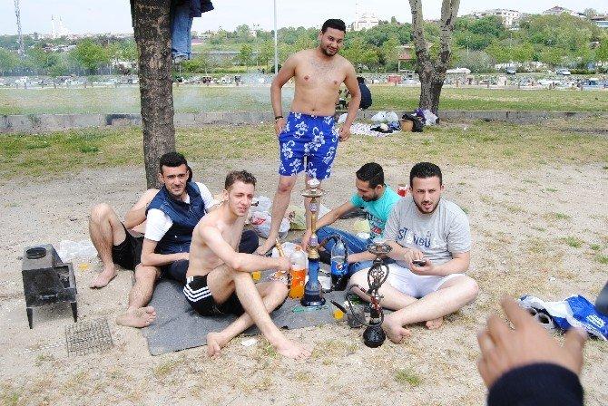 İstanbullular Deniz Sezonunu Erken Açtı