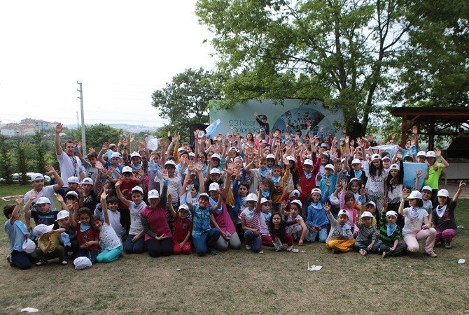 Macera Parkı 23 Nisan'da Çocuk Şenliği'ne Ev Sahipliği Yaptı