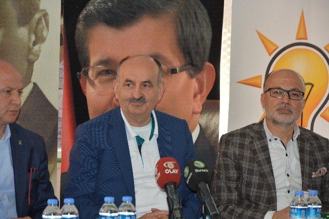 """Bakan Müezzinoğlu: """"CHP Yine Belirli Güç Odaklarının Arzusu Çerçevesinde Hareket Etti"""""""