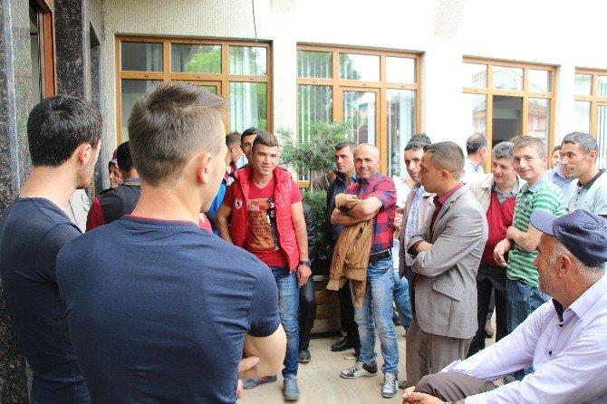 İş-kur'un Toplum Yararına Projesi Kapsamında 100 İşçi Alındı