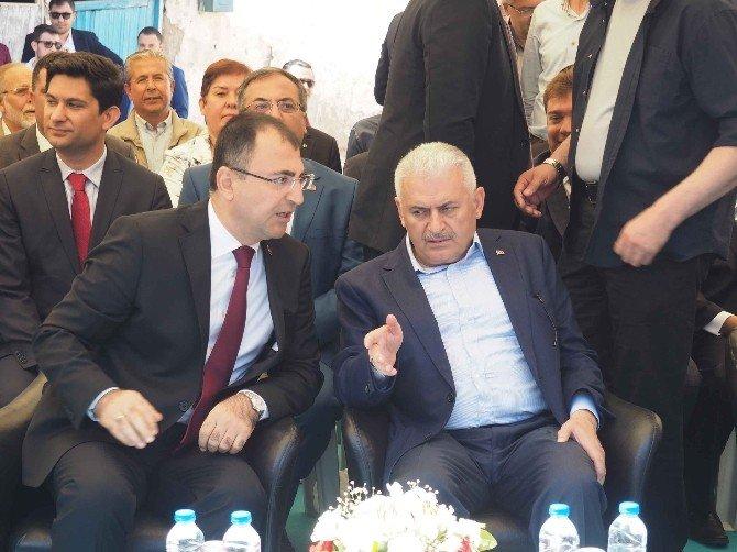 """Binali Yıldırım: """"Türk Milletiyiz Ve Bununla Gurur Duyuyoruz"""""""