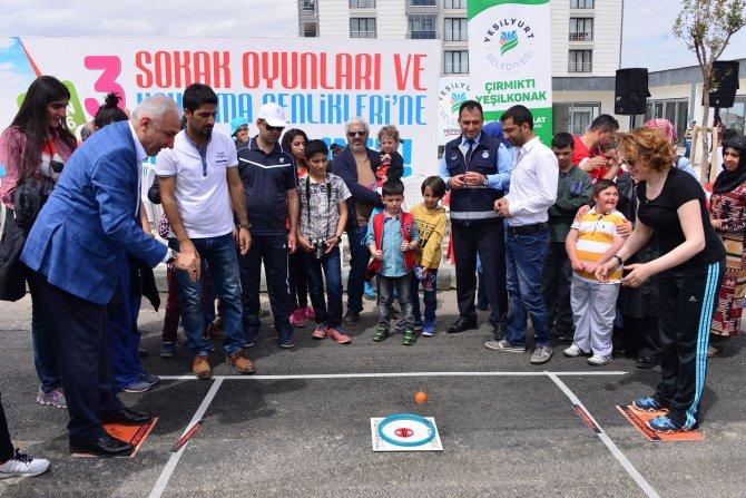 Çocuklar, Sokak Oyunları ve Uçurtma Şenliği'nde gönüllerince eğlendi