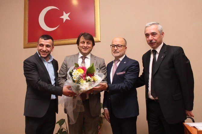 AK Parti Osmangazi İlçe Teşkilatı Vekillerle Buluşuyor