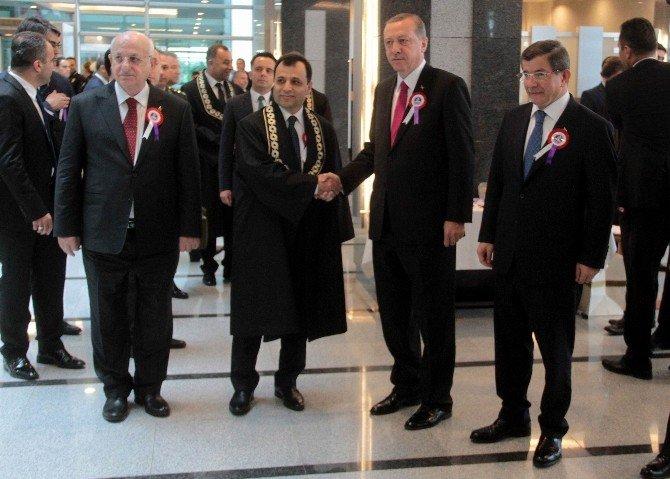 """Anayasa Mahkemesi Başkanı Arslan: """"Terörün Ve Şiddetin Başladığı Yerde Sözün Hükmü Kalmaz"""""""