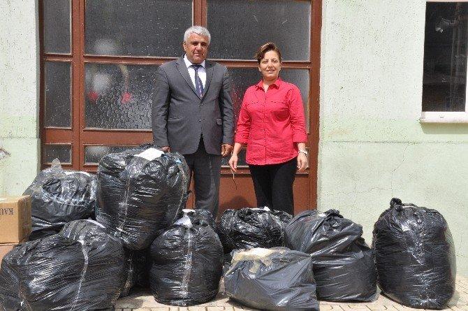 Yardım Paketleri Azdavay'a Ulaştı