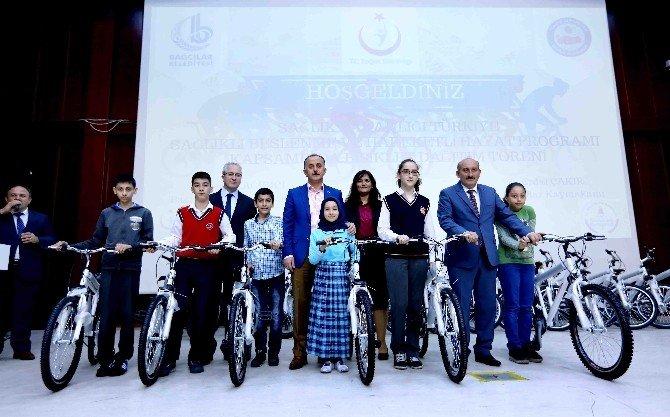 Bağcılarlı Öğrencilerin Bisiklet Sevinci