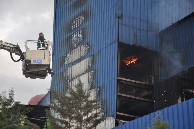 İnegöl OSB'de Korkutan Yangın