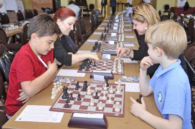 Heykel Rotary'den Satranç Turnuvası
