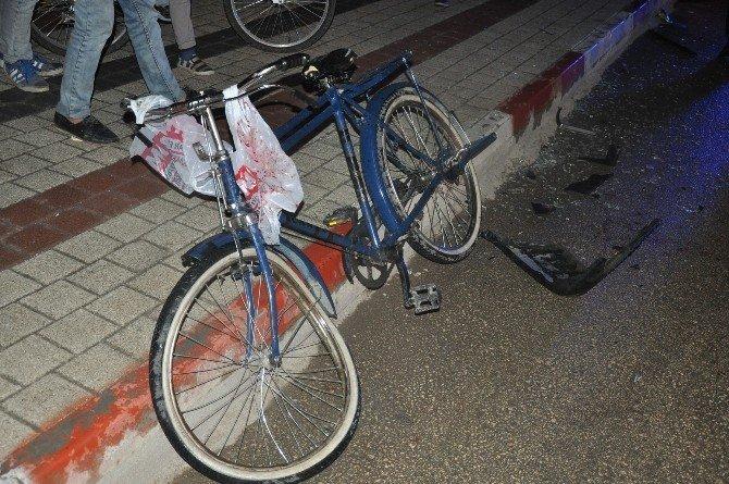 Bisikletli Çocuk Kazada Ağır Yaralandı