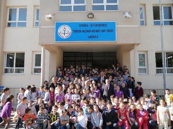 Büyükçekmece Belediye Başkanı Akgün Tepecik'in Okullarını Gezdi