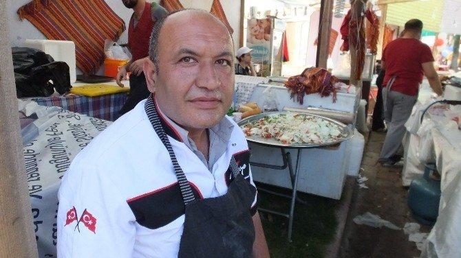 Burhaniye'de Erzurum Cağ Kebabına Yoğun İlgi