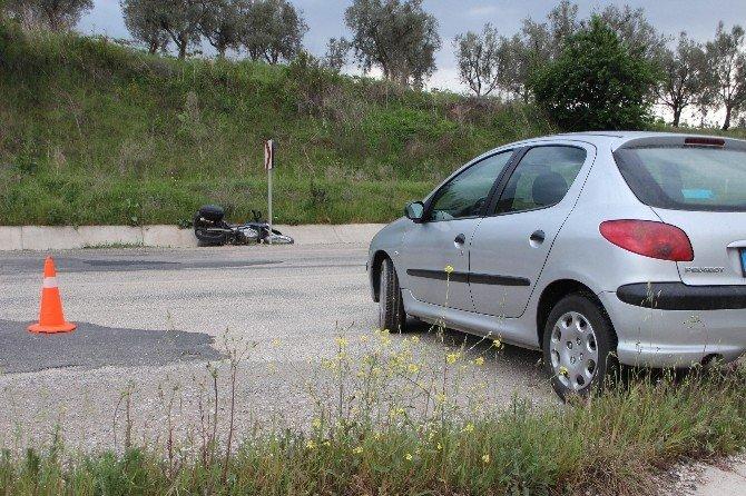 Otomobil Motosiklete Çarptı: 1 Yaralı