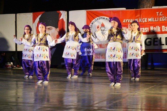 Ayvalık'ta 3. Uluslararası Halk Oyunları Şenliğine Muhteşem Final