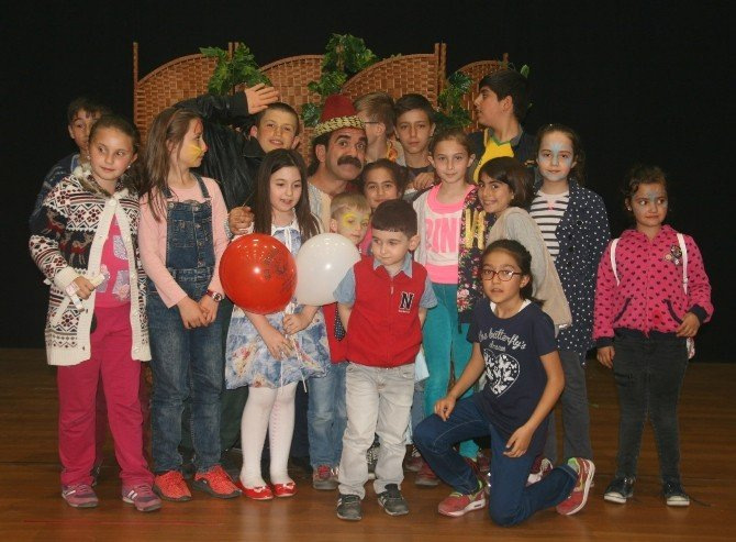 """""""Haylaz İbiş""""i Çocuklar Çok Sevdi"""