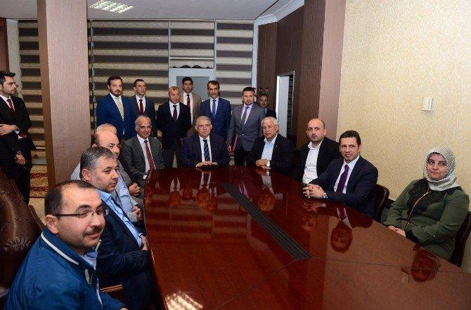 Onikişubat Belediyesi Yeni Hizmet Binası İçin İmzalar Atıldı