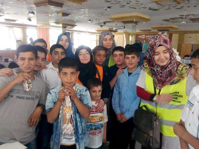 Suriyeli Ailelere Destek Oldular