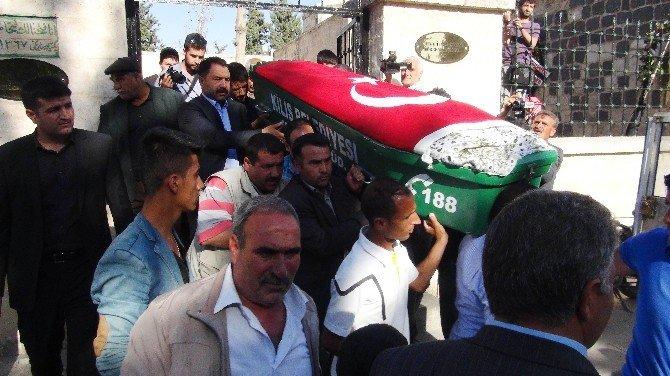 Roketli Saldırıda Hayatını Kaybeden Fatma Demir Defnedildi