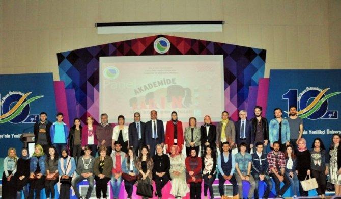 AEÜ'de 'Akademide kadın bilim insanlarının katkıları' tartışıldı