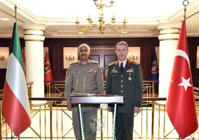 Kuveyt Genelkurmay Başkanından Orgeneral Akar'a Ziyaret