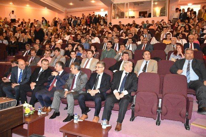 Manisa'da Madde Bağımlılığı Toplantısı