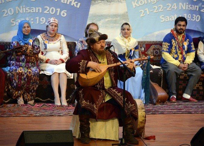 Türk Dünyası Karacaoğlan'da Birleşti