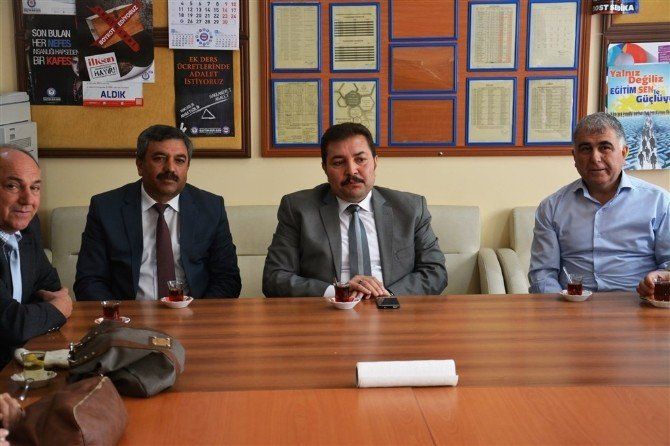 Yusuf Koç'tan Karagözoğlu İlkokuluna Ziyaret