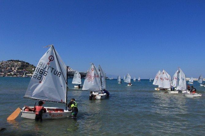 Ege Bölgesi Optimist Laser Yelken Yarışları Kuşadası'nda Yapıldı