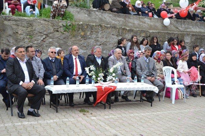 Pazaryeri Karaköy'de 23 Nisan Coşkusu