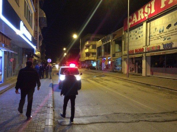 Sakarya'da Otomobile Pompalı Tüfekle Ateş Ettiler