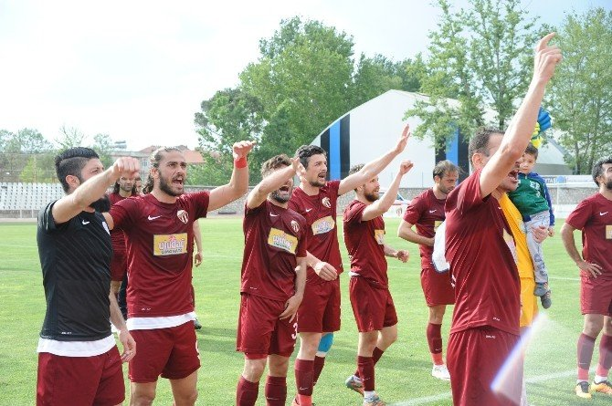 İnegölspor Play-off'a Kilitlendi