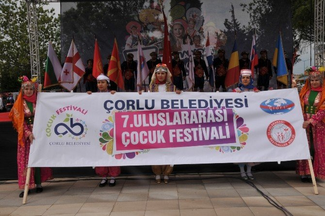 Çorlu 7. Çocuk Festivali Başladı