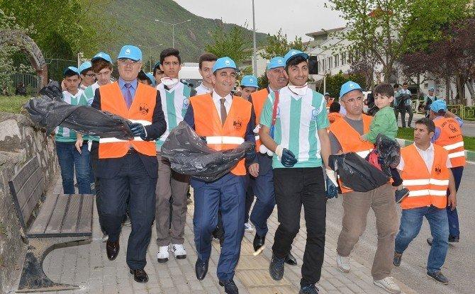 Başkan Edebali Çöp Topladı