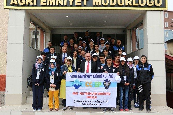 Ağrı'da Öğrenciler Çanakkale'ye Uğurlandı