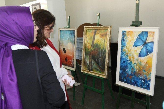 Akhisar'da Şehr-i Rengiz Sergisi Açıldı